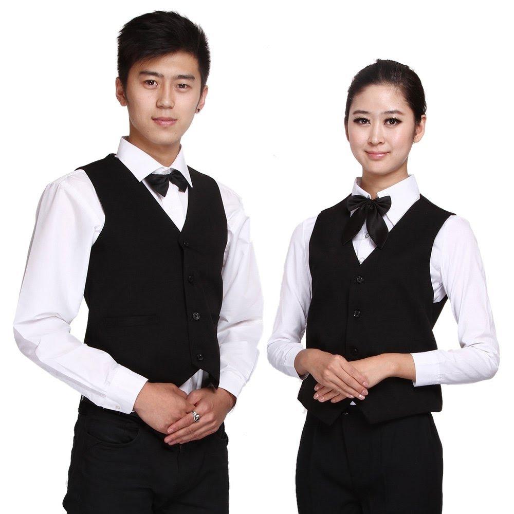 Đồng phục nhân viên phục vụ nhà hàng thiết kế đẹp mắt nhưng vẫn dễ dàng làm việc